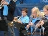 Die Trompeter und Klarinetten sind hoch konzentriert