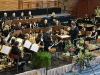 Bernhard Willer dirigiert das Orchester, Solisten: Andreas Schulze mit  Klarinette und Simone Lautenschlager mit Bassklarinette