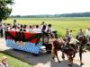 Musiker auf Festwagen beim Leonhardi-Umzug