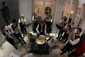 Beim Musizieren im Comite-Hof