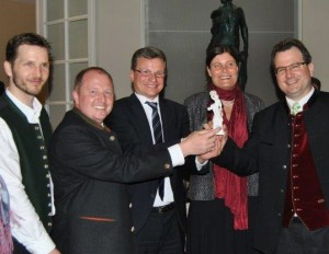 Konrad Sepp, Stv. Landrat Otto Bußjäger, Staatssekretär Bernd Sibler, 2. Bgm. Mindy Konwitschny, Florian Sepp