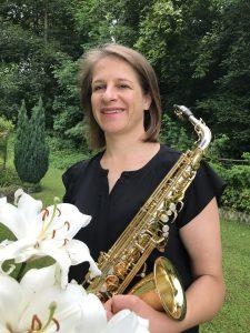 Nina Engl, Saxophon
