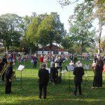 Noch eine Zugabe auf der Leonhardiwiese: Das Saxophonensemble der Blaskapelle